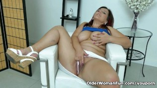 Euro Milf Riona Needs A Masturbation Break PornZek.Com