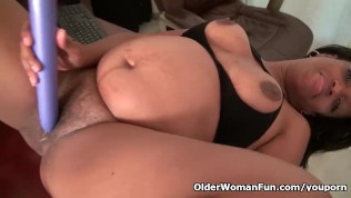 Ebony Milf Lexus Gives Her Dripping Cunt The Attention It Needs PornZek.Com