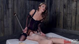 BDSM facesitting. Cómete el coño esclavo!