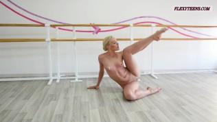 Tamara neto hot russian blackhaired gymnast - 1 9