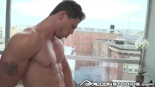 Gay muscle boys kissing — pic 15