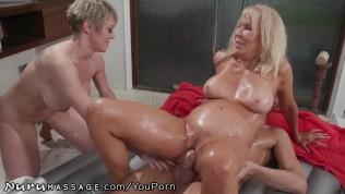 pornhub lesbian mom