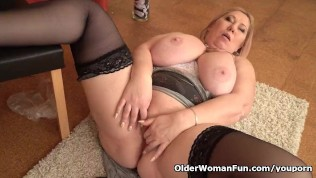 Euro Bbw Dita Works Her Pussy With Fingers And Dildo PornZek.Com