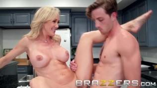 Brazzers - Brandi Love & Lucas Frost - Making A Mess On Stepmom- Hot milf