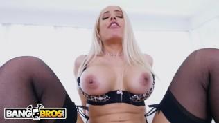 xnxx video www com www com xnxx com – Ryan McLane Stretches Luna Star's Big Ass With His Cock & Toy