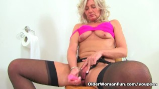English Milf Ellen Squirts Her Pussy Juice In Bathroom PornZek.Com