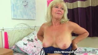 English Gilf Sapphire Louise Still Loves Fingering Her Fanny PornZek.Com