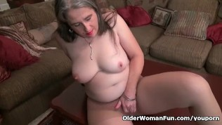 American Milf Kelli Is Toying Her Hairy Pussy PornZek.Com