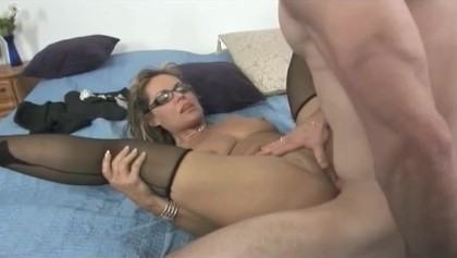 Squirting MILF Soaks the Bed and gets Ass Fucked