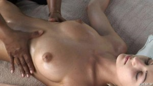 Anna Gets a Naughty Sensuous Oil Massage