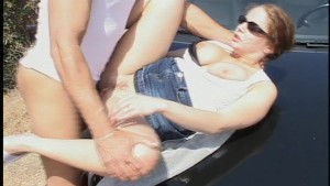 Stop the car so i can suck your shaft - Sunshine