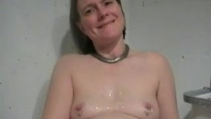cum on anne's titties (deutsch)