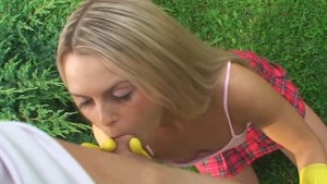 18 yeas old Sabrina fucked in the garden