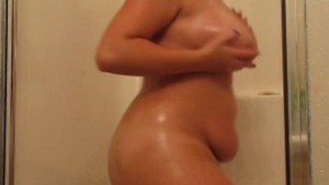Shakin it big time in the shower