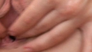 Britney's Pussy Muscles Squeezing in Close Up!