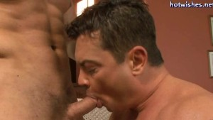 Muscle gay doing blowjob and getting a cock