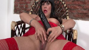 Latina Cougar getting it on with her dildo - Latin-Hot
