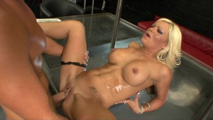 Slutty blonde MILF Crista Moore rides the pizza boy's big-dick