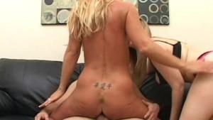 Hot Wife Big Boobs Fucked Threesome