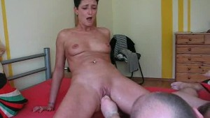 Kinky housewife gets her daily fisting training