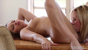 Cute & playful blonde Brett Rossi seduces her brunette girlfriend