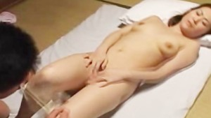 Asian mature with hairy beaver gives bj