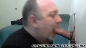 SUCKING STR8T GUY AT GLORYHOLE