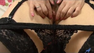 Housewife hairy pussy play