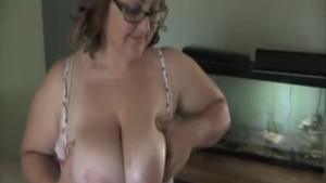 Hot Load of Sperm For Amateur Plumper