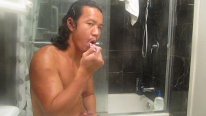 BEAUTIFULHUNK JERKS HIS COCK AND BRUSH HIS TEETH AT THE SAME TIME