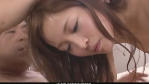 Maomi Nakazawa gives the best asian blowjobs