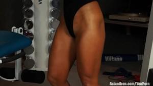 Muscular blonde babe Megan Avalon workout