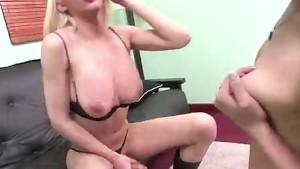 Sexy Tranny Dirty Fucking With Girlfriend