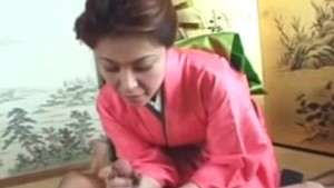 Uncensored Japanese MILF geisha cock masturbation