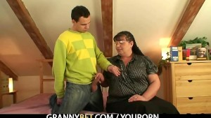 Old fatty getting pussy pounded