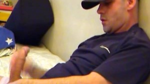 The delivery guy get wanked his huge cock by a guy in spite of him !