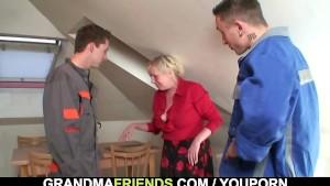 Lonely grandma spreads legs for two repairmen