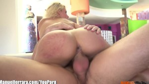 ManuelFerrara Anikka Albrite SQUIRTING over Manuel's huge cock!