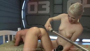 Fuck Machine And Sweet Pussy