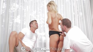 FantasyHD - Lola Reve tries some double penetration yoga