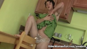 Don t tell hubby that I masturbate in the kitchen