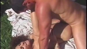 Backyard Butt Sex - Heatwave