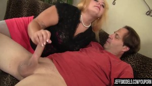 Chubby beauty Jade rose enjoys a fat dick