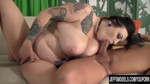 Plumper slut Scarlet LaVey gets fucked hard