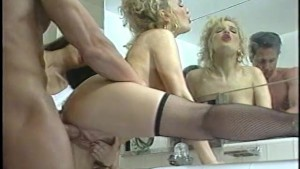 Threeway in the bathroom