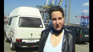 Car Blowjob- Julia Reaves