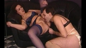 He loves his MILFs - Julia Reaves