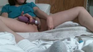 mom home alone toys masturbate wet