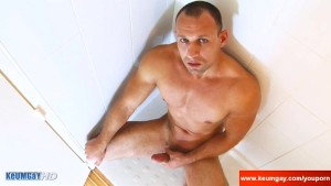 My straight neighbour made a porn: watch him horny in a shower