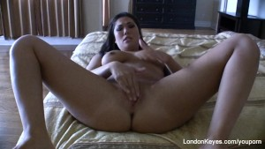 London Keyes Amateur Video